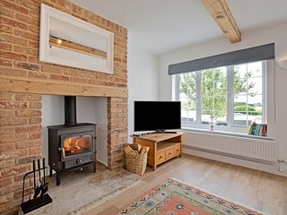 Cosy, comfortable cottage escape between York, Knaresborough, and Harrogate