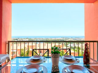 Family-friendly apt in prestigious complex w/ shared pool, on-site golf, & views