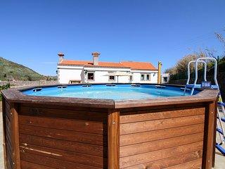 Sunny, dog-friendly villa w/pool, garden terrace, outdoor kitchen, valley views!
