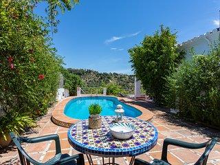 Rural Frigiliana villa w/private pool, ocean & valley views and Free WiFi!
