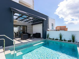 Family villa w/ private pool, amazing terraces & Ping-Pong!