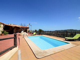Enchanting countryside home with a private pool and sweeping valley views!