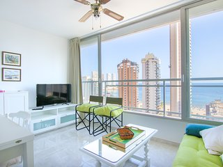 Recently renovated apartment w/ shared pool, amazing views, short walk to beach