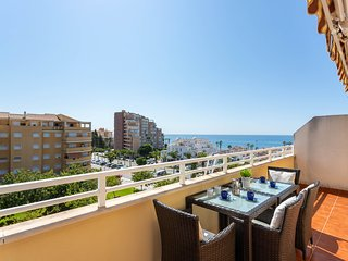 Fantastic apartment near the beach w/ free wifi & air conditioner!