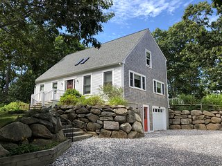 The Map House, Wellfleet, Modern 3Br/2Ba w/Hot Tub, Game Room, Dog Considered