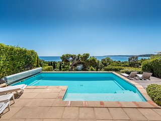 193268 villa, 2 bedrooms, sea view, shared heated pool 8 x 4 mtr, beach 400 mtrs