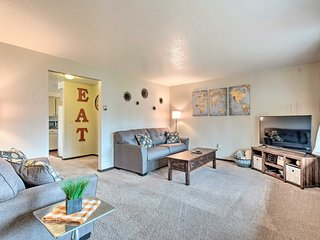NEW! Lake Stevens Apartment 5 Minutes to the Water