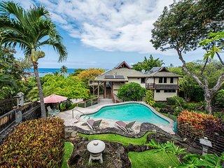 Private Beach House w/Pool and Walking Distance to Kahalu'u Beach. Kahalu'u Hale