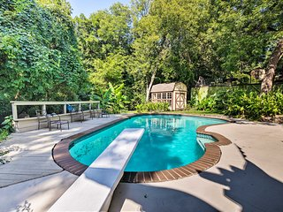 NEW! Dallas Area Home w/Pool -18mi to AT&T Stadium
