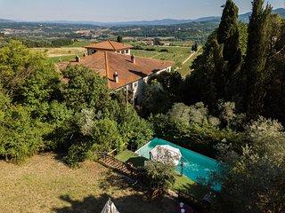 Villa delle Vigne - Charming villa with swimming pool in Chianti area