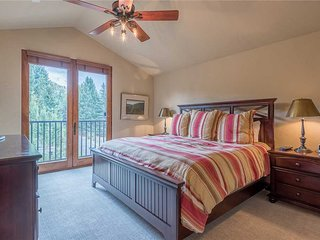 The Timbers 4O-1 Bedroom