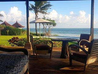 Bali Seseh Beach Villa Ocean Canggu: amazing beachfront !