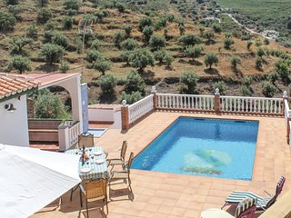 Stunning home in Torrox Costa with 3 Bedrooms (EAN649)