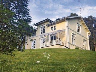 Nice home in Robertfors w/ Sauna and 3 Bedrooms