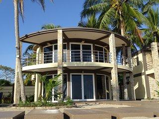 ConceptNosyBe  Villa/Loft sur plage