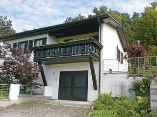 Stunning home in Kronberg w/ Sauna, 1 Bedrooms and WiFi