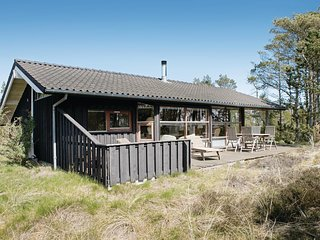 Beautiful home in Ålbæk w/ Sauna, WiFi and 3 Bedrooms (A18795)