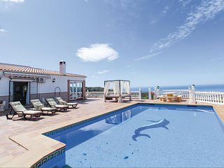 Stunning home in Torrox w/ Outdoor swimming pool, Outdoor swimming pool and 3 Be