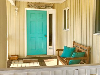 Sandbridge 'Sea~Esta' - Family Friendly Beach House with Salt Water POOL (N.End)