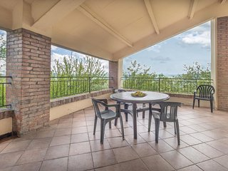 Beautiful home in Monterenzio BO w/ 3 Bedrooms