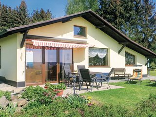 Awesome home in Mehltheuer w/ 1 Bedrooms