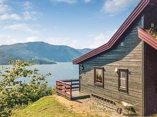 Beautiful home in Norheimsund w/ WiFi and 3 Bedrooms