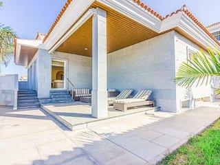 El Varadero Villa Sleeps 8 with Pool Air Con and WiFi - 5813395