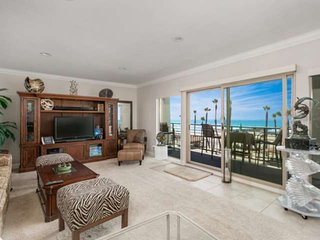 Penthouse - Ocean & Beach View 401A