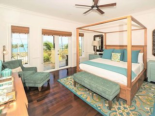 Marlin Bay Resort & Marina - Spacious Waterfront Home with Plunge Pool