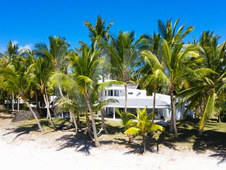 Villa Eva at mostly private beach next to golf
