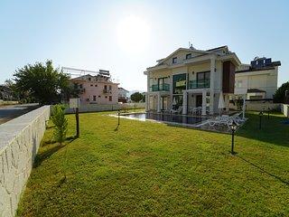 Fethiye Oludeniz OvacIk'da Ozel Havuzlu 4+1 Luks Villa Zeus