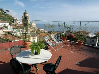 Apt. Terrace Amalfi Centre