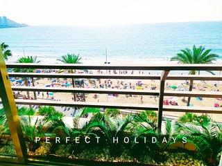 Apartamento. 1ª linea Playa del evante. Grande (200 m²) 3 habitaciones 6/8 camas