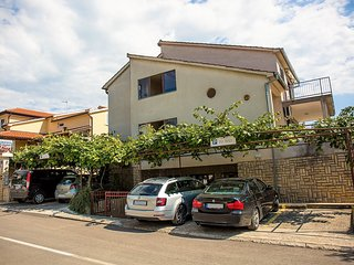 2 bedroom apartment with balconie in Porec Croatia 900 m from the beach
