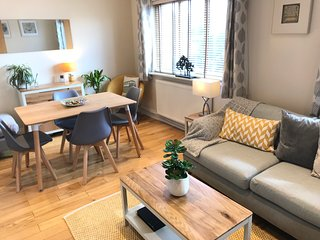 2 Bedroom London Self Catering Apartment (First Floor)