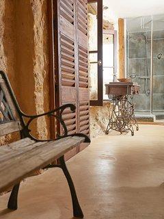 Salle de bain de la Troglodyte