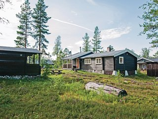 Nice home in Jordet w/ Sauna and 4 Bedrooms