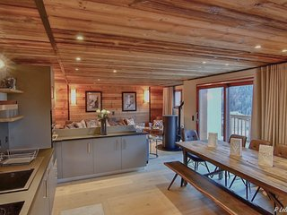 Chalet Astraea - Stunning high end 11 person chalet with garage