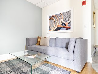 Sonder | Theater District | Peaceful 2BR + Kitchen