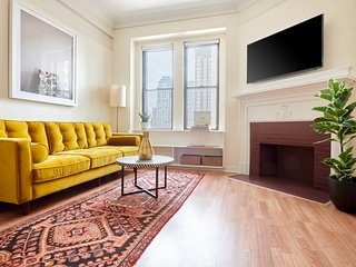 Sonder   Theater District   Bold 1BR + Laundry