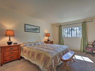 NEW! Resort Home 3 Mi to Lake Tahoe & Ski Resort!