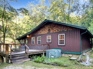 Bear Creek Cabin - an isolated getaway on 7 acres with a private waterfall.