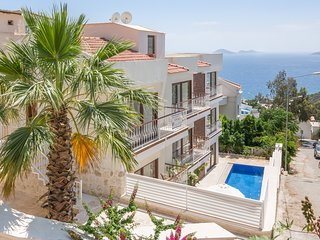 4 bed duplex Ventura Apartment in Kalkan Town Center