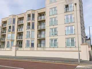 Apartment 14, Pwllheli
