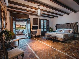 Junior Suite private Terrace Alhambra View