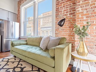 Sonder | Drayton Apartments | Airy 1BR + Laundry