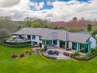 Lakeview Lodge Karapiro The Hamptons