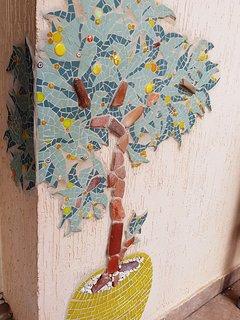 Mosaic lemon tree