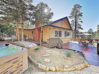 All-Suite Forest Retreat with Hot Tub | Near Lake, Village & Ski Resort