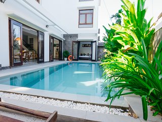 HOIAN MILESTONE VILLA - 8 BEDROOMS- BIG POOL